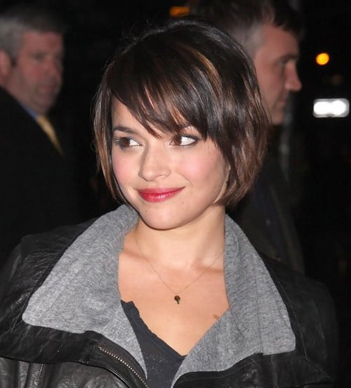 Cute short bob hairstyle for thin hair