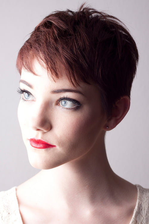 Trendy Short Hair Styles for Women 2012