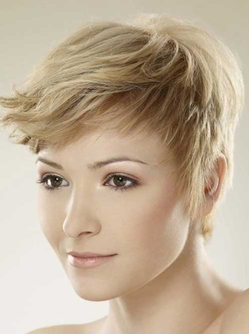Cute short shaggy hairstyles 2012