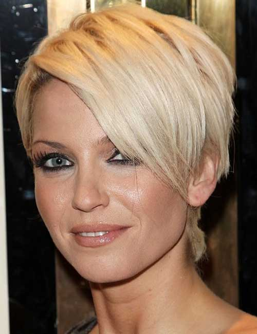 Pixie haircut long in front