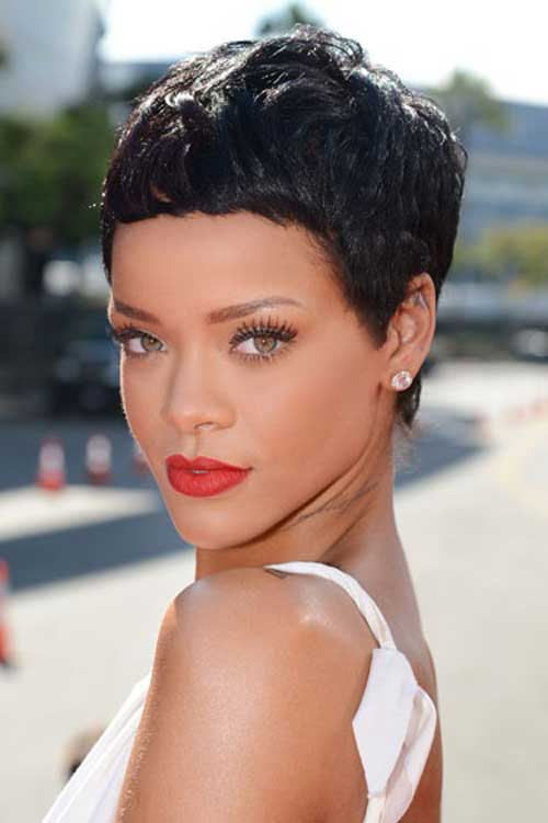 Rihanna short pixie haircut 2012