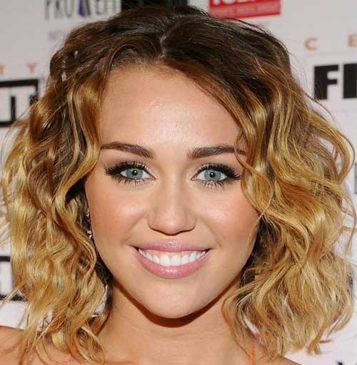 Sexy Short Wavy Haircut 2012