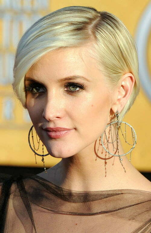 Ashlee Simpson Short Blonde Haircut 2012