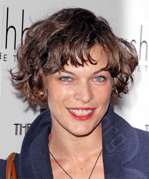 Short Layered Wavy Hairstyles Women