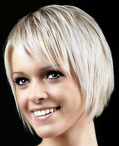 Short haircuts with blunt details makes a woman center of attention