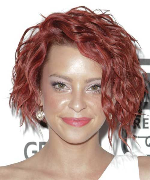 The color in this picture is not my favorite, but her wavy short style is wonderful.