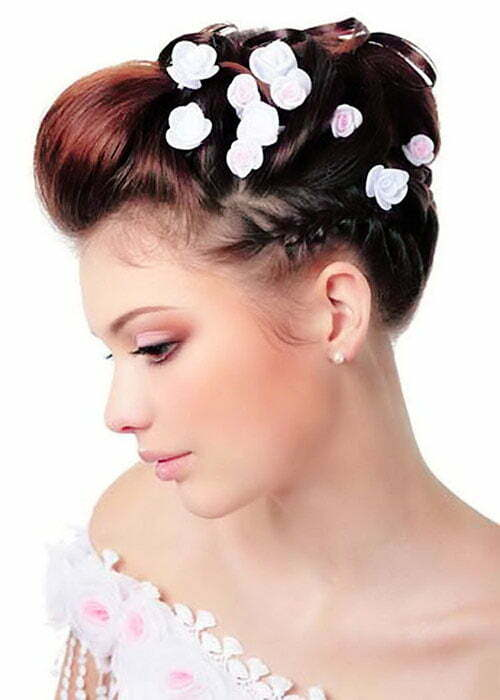 Beach wedding hairstyles pictures