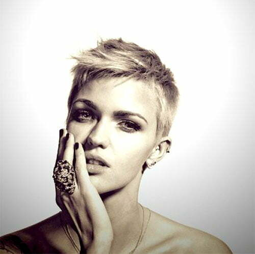 Ruby Rose pixie haircut pictures