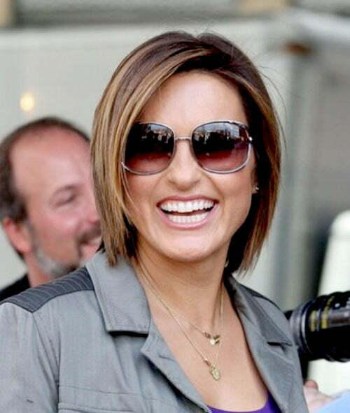 Mariska Hargitay short straight hairstyles