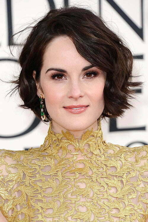 Michelle Dockery's short wavy hairstyle