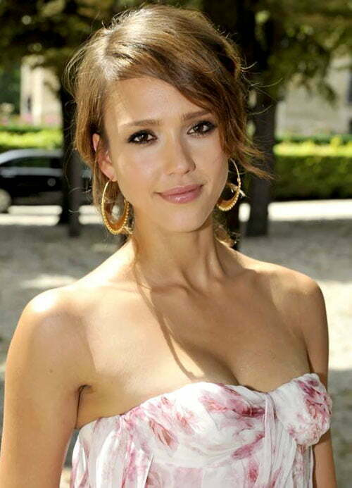 Jessica Alba cute short hair 2012