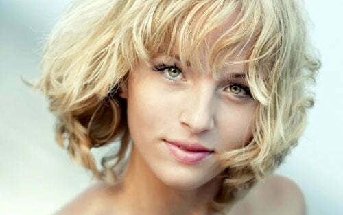Cute short haircuts for girls with curly hair