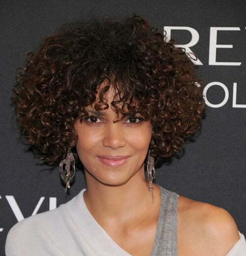 Halle Berry short curly hairstyle pictures