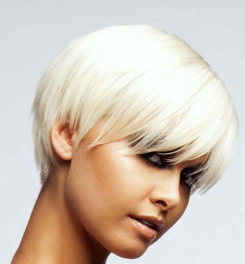 Short layered haircut for straight hair