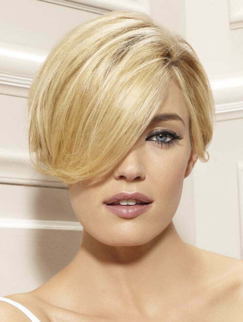 Short neckline hairstyles for women