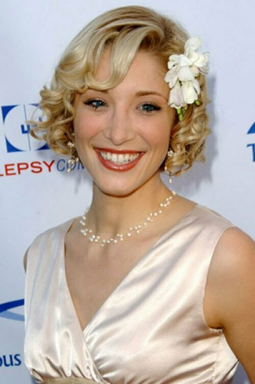 Hollywood hairstyles for curly hair