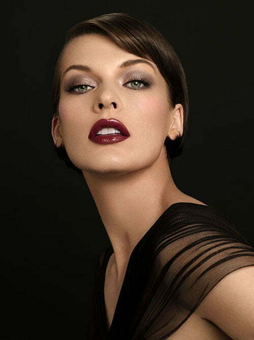 Milla Jovovich short hairstyle photo