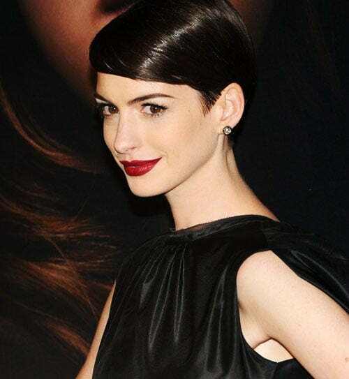 Anne Hathaway's pixie crop hairstyles