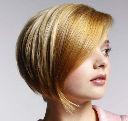 Short straight blonde haircut 2012