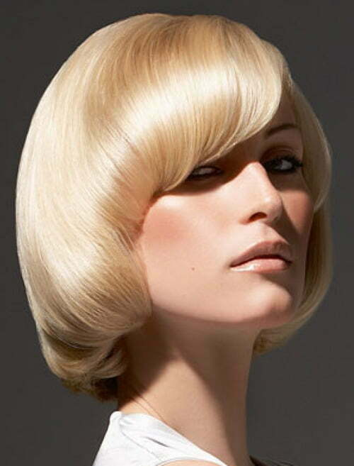 Short trendy blonde haircuts 2012