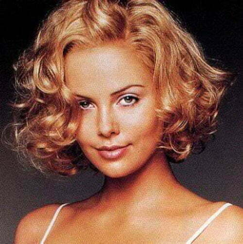 Pictures of short wavy haircuts for women