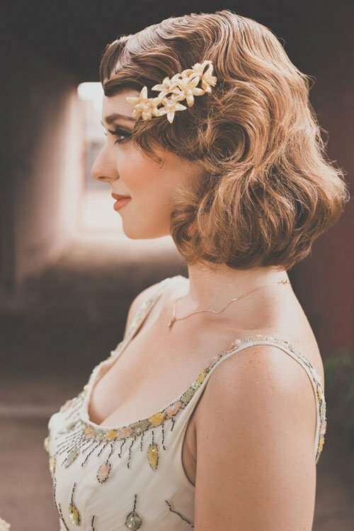 Vintage waves short hair
