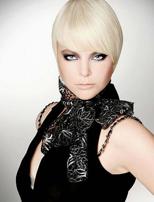 http://www.short-haircut.com/wp-content/uploads/2013/02/Trendy-hairstyles-for-short-hair.jpg