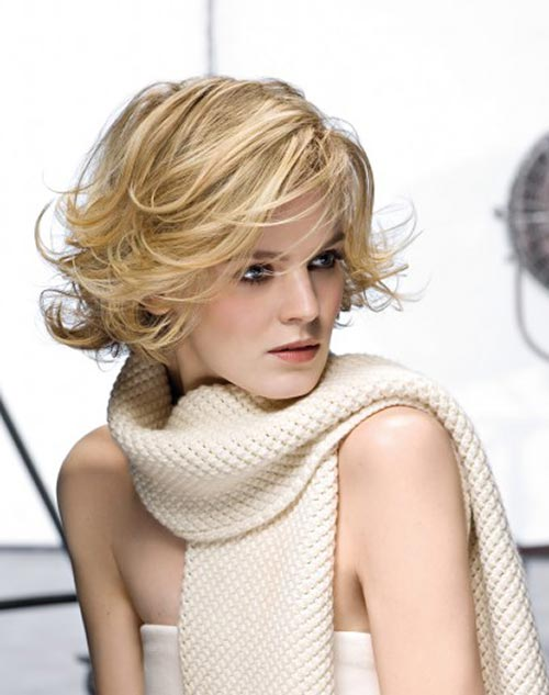 Short blonde curly hairstyles with bangs