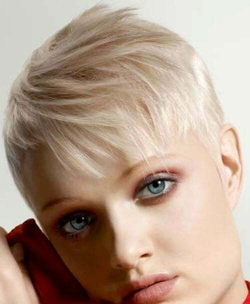 Trendy short blonde hairstyles 2012