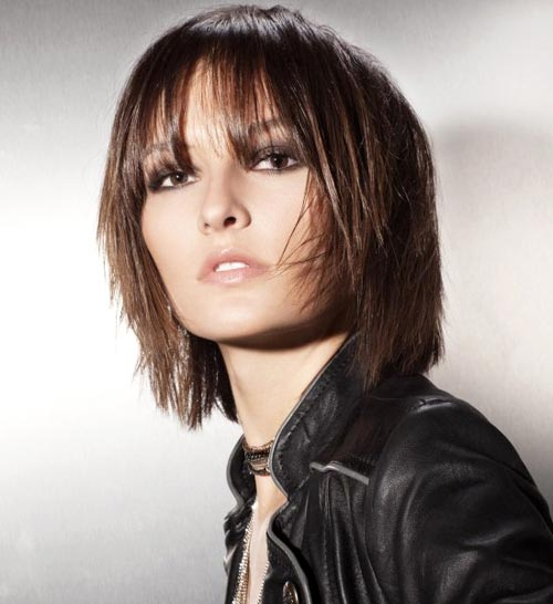 Short to mid length hairstyles for women