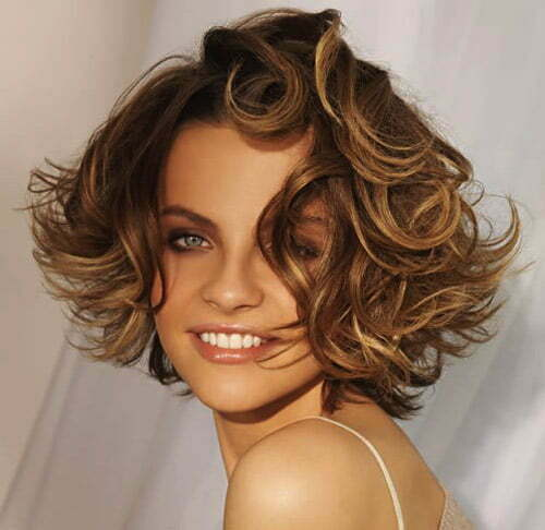 The 20 Best Short Wavy Haircut