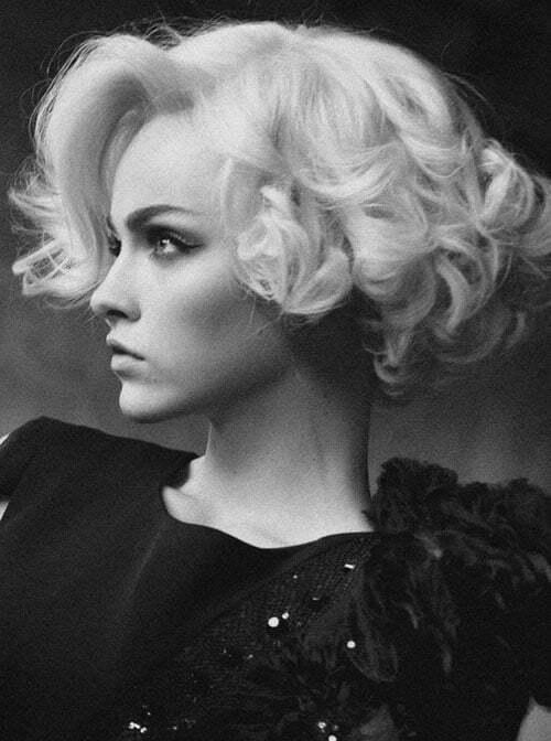 Short wavy blonde hairstyles 2012