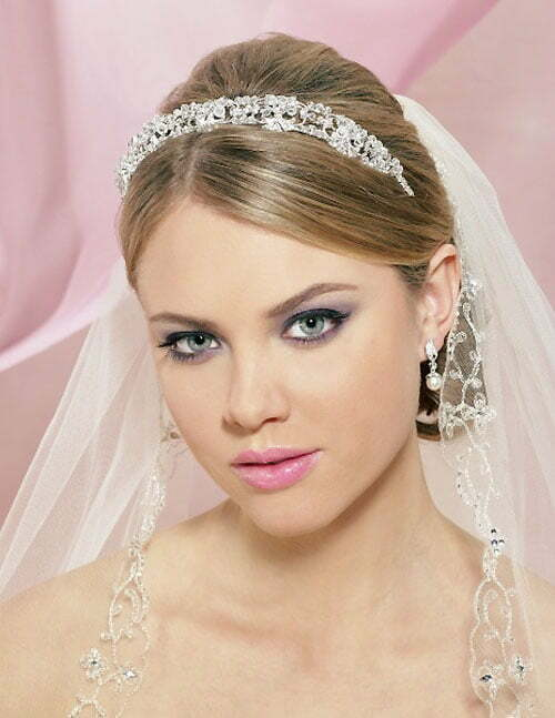 Wedding hairstyles for tiara with veil