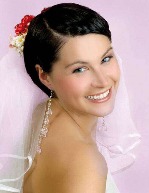Bob Styled Short Haircuts Fit Everywhere And Weddings Are Not Exception For This Hairstyles