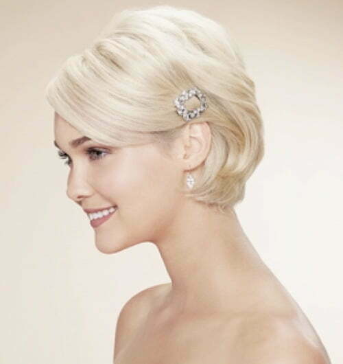 Wedding hairstyles for short bob hair