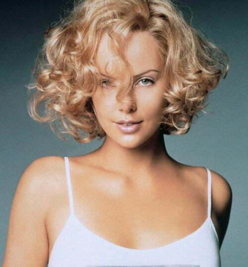 short curly haircuts women via Angel-Wings