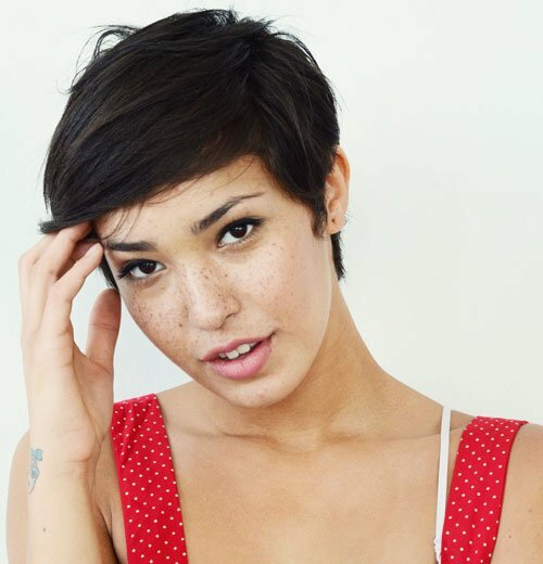 Pictures of short pixie haircuts for women