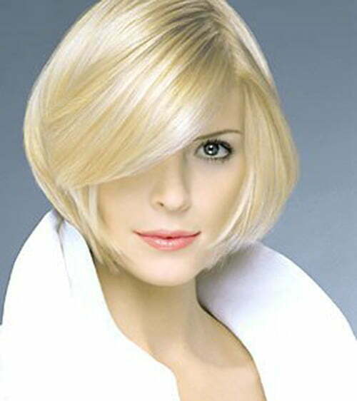 Elegant hairstyles for short straight hair