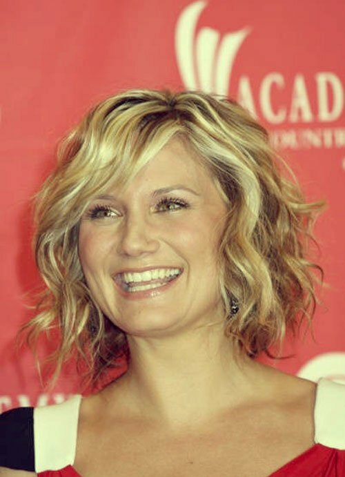 Celebrity curly hairstyles for short hair