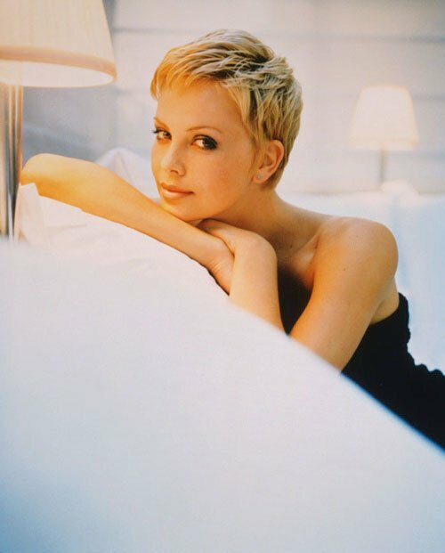 Charlize theron very short hair