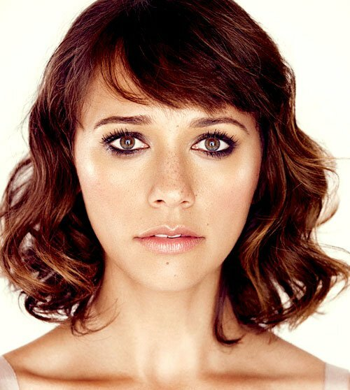 Cute short haircuts for women with wavy hair
