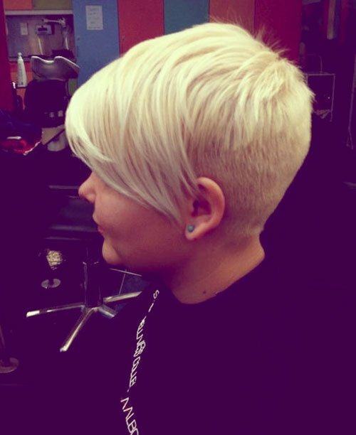 Good short blonde haircut