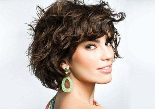 Short hairstyles for wavy hair pictures