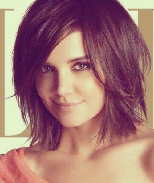 Katie Holmes short hair bangs