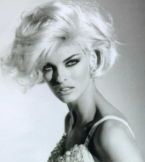 Wavy haircut styles for women