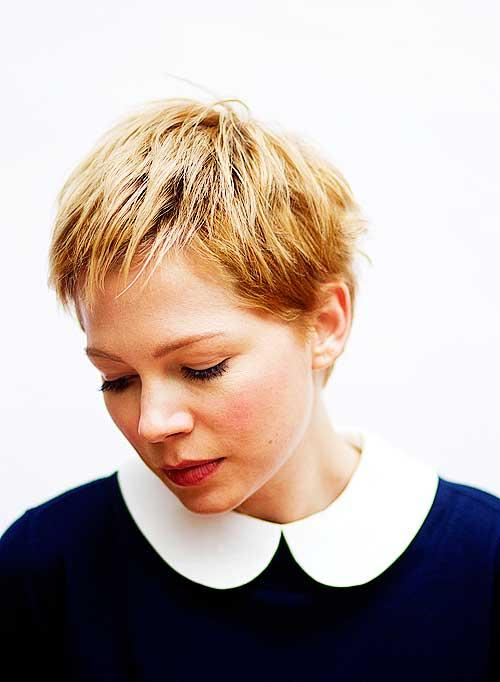 Celebrity short blonde hairstyle
