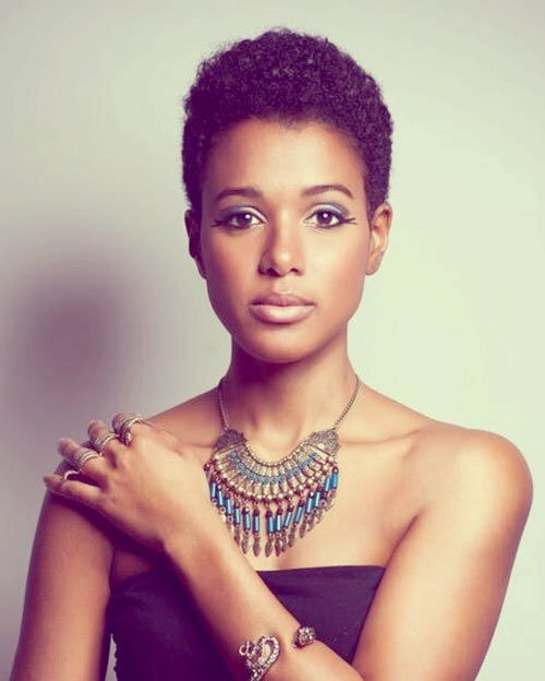Nice hairstyles for black women with short hair