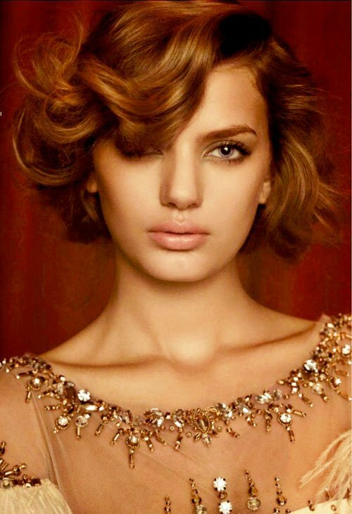 Trendy curly hairstyles for women