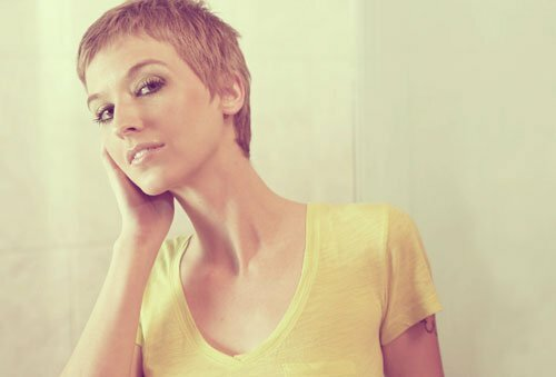 Short pixie haircut pictures for women