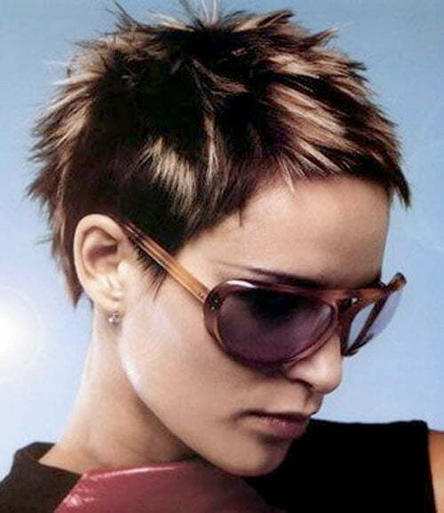 look and different style for women this haircut is mostly looks good
